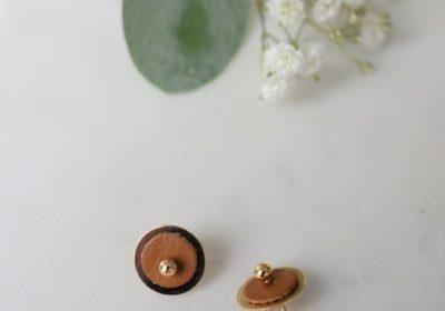 boucles d'oreille atelier amand puce or camel