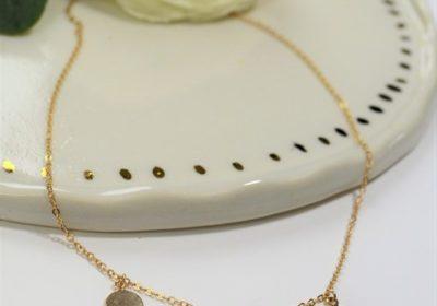 Tour de cou 3 médaillons doré à l'or 18 carats
