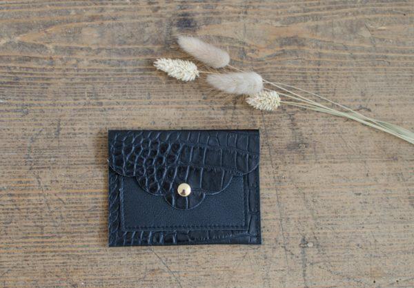 pochette petale noir croco atelier amand 1