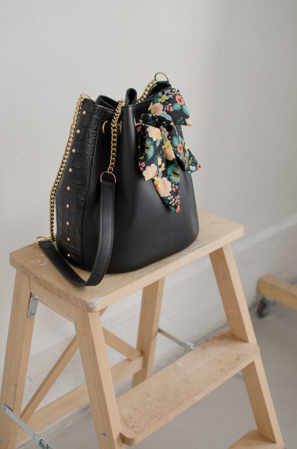 sac envoutant noir atelier amand 2