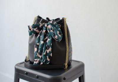 sac envoutant noir atelier amand 5